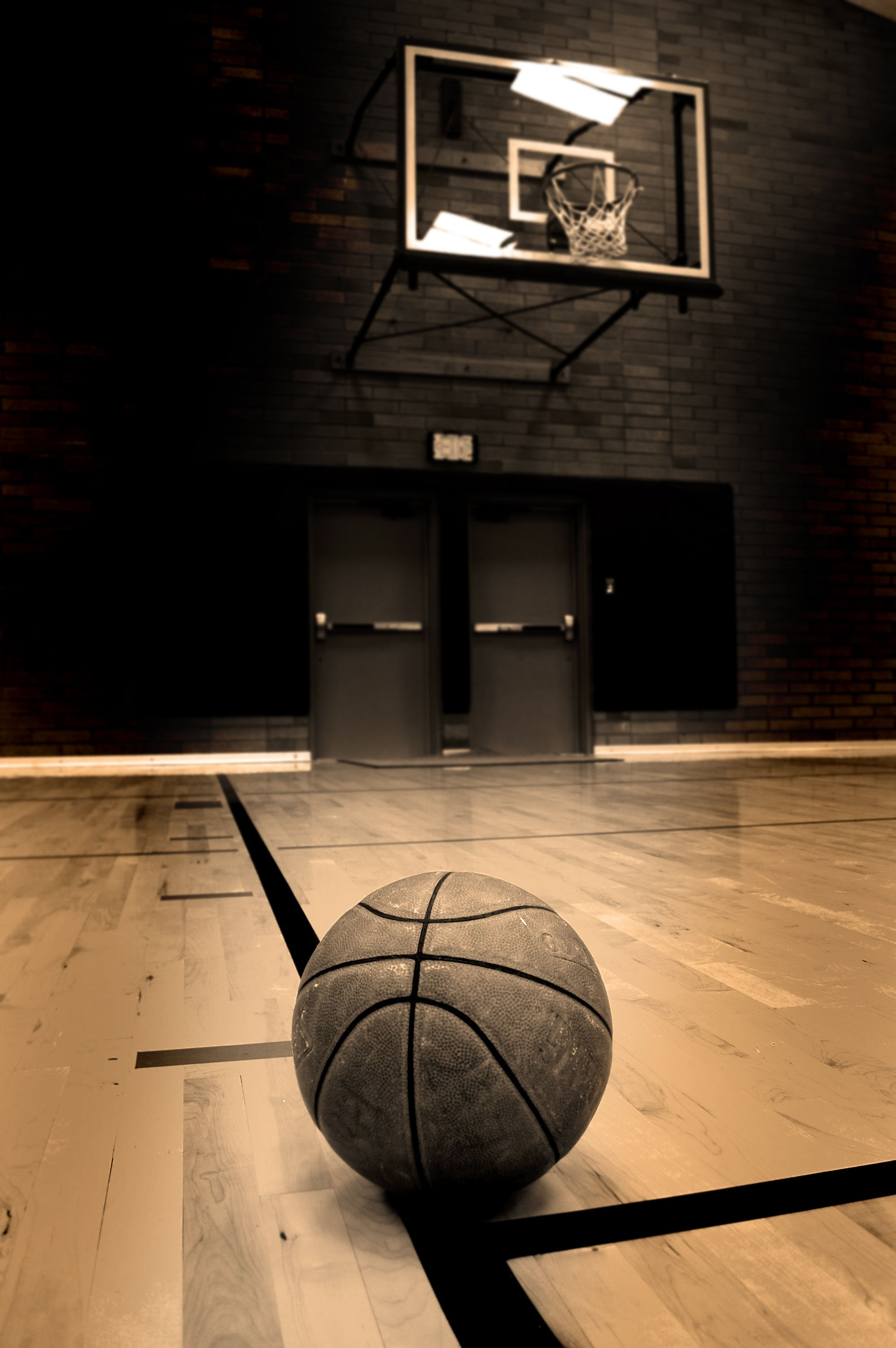 Daily Fantasy Sports Strategy Picks Rankings Tips And Lineups Basketball Wallpaper Sports Basketball Basketball Background