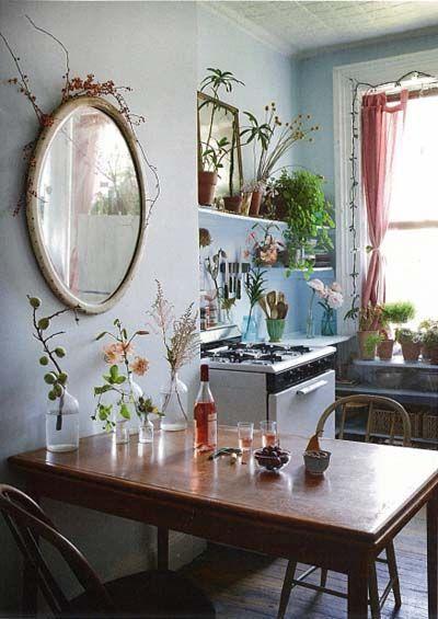 Lights + plants ❤ Where my boho heart is Pinterest La