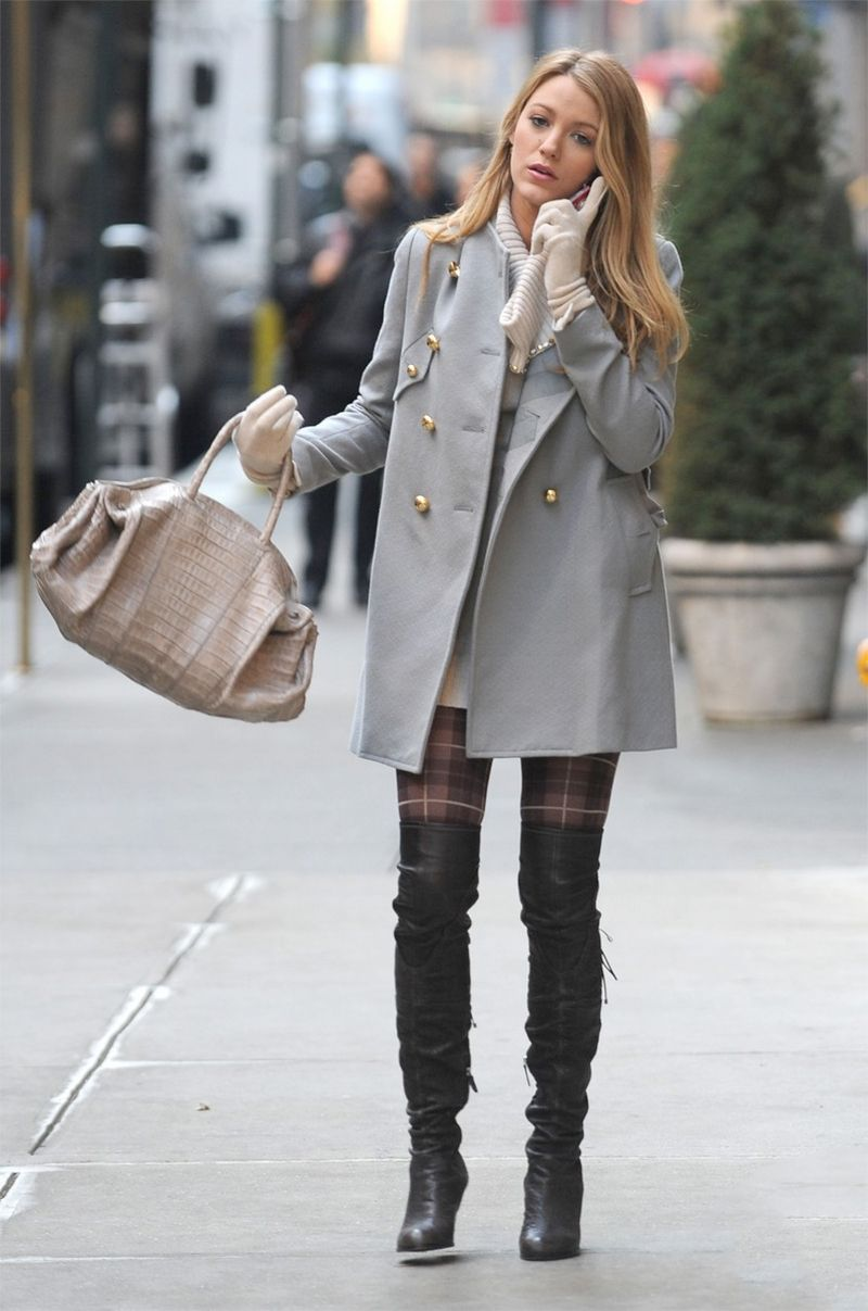 3c7dcf1fac3 blake lively everyday style - knee boots