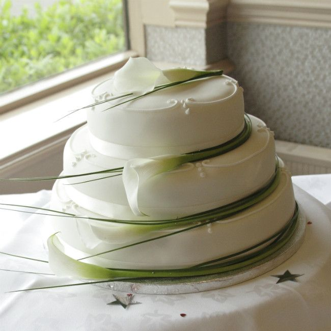 Calla Lily Cakes Google Search Calla Lilies Flowers - Calla Lilly Wedding Cake
