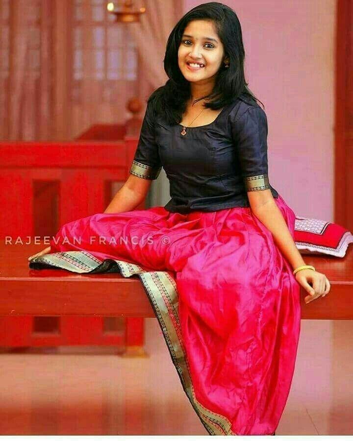 Anikha surendran beautiful indian actress indian