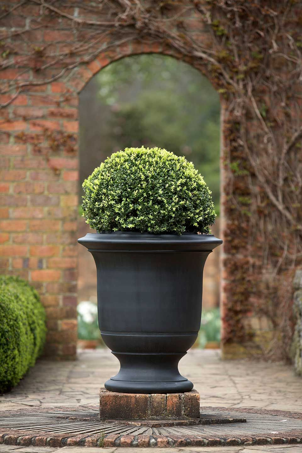 geo rok real bronze fully striated anduze style urn large | martin