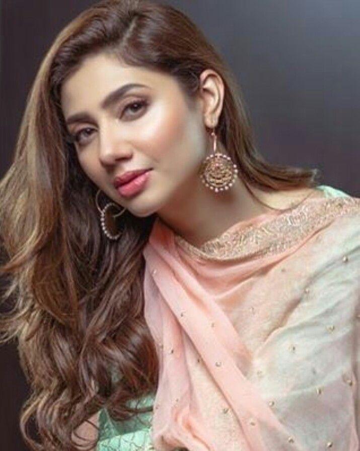 Mahnoor baloch scandal most vulgar hot bold scene of pakistani actress mahnoor baloch