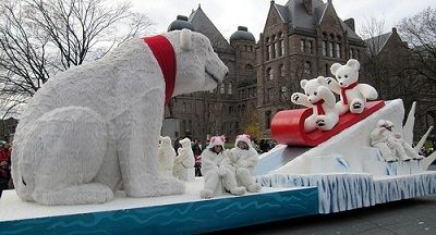 christmas parade polar bear float with kids and slide. Black Bedroom Furniture Sets. Home Design Ideas