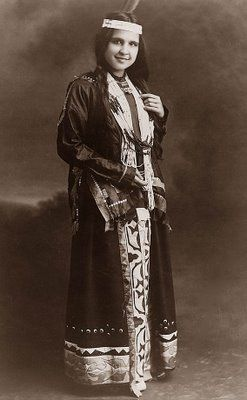 This is a picture of Moon Beam. She was a Potawatomi Indian Maiden. The picture was taken in 1909.