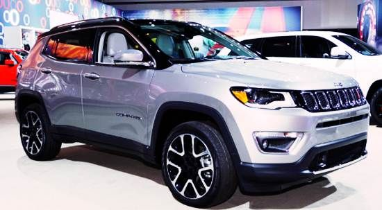 2018 Jeep Compass Trailhawk Review The Updated 2018 Jeep Compass Due In U S Dealerships One Year From Now Will Offer Another Jeep Jeep Compass Jeep Truck