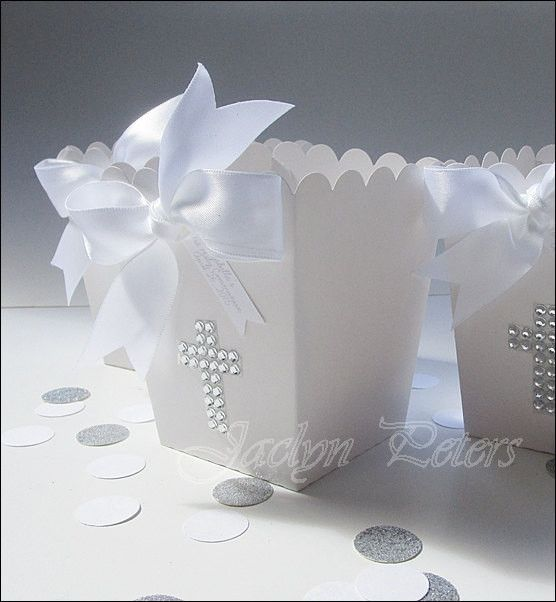 Beautiful silver rhinestone cross popcorn favor boxes each features a luxury…