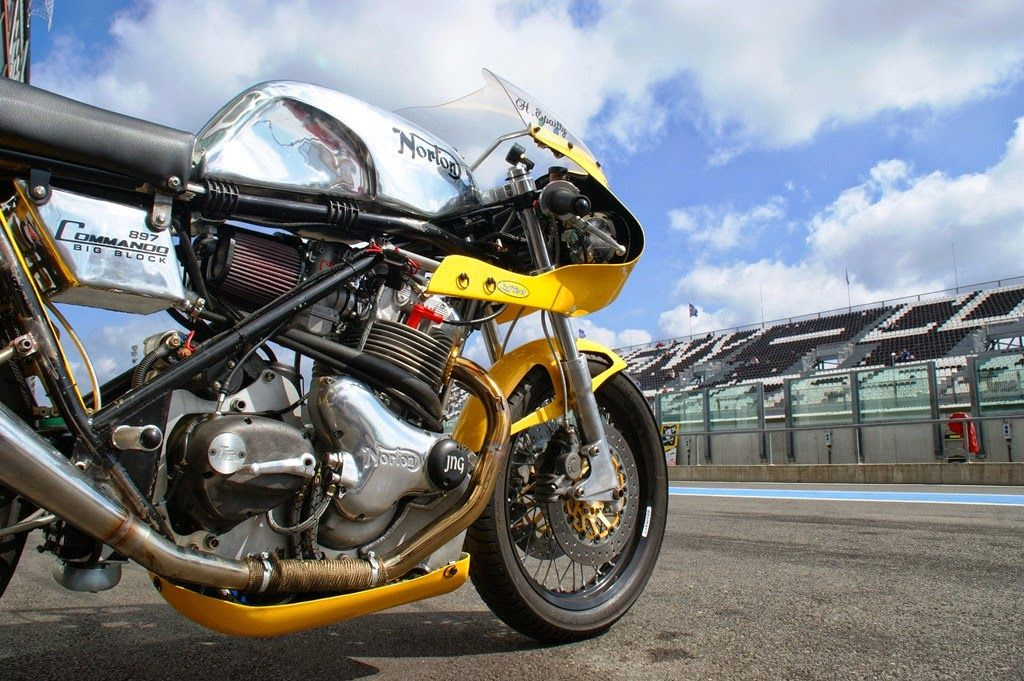 Norton Commando 897 By Yellow Peril Team
