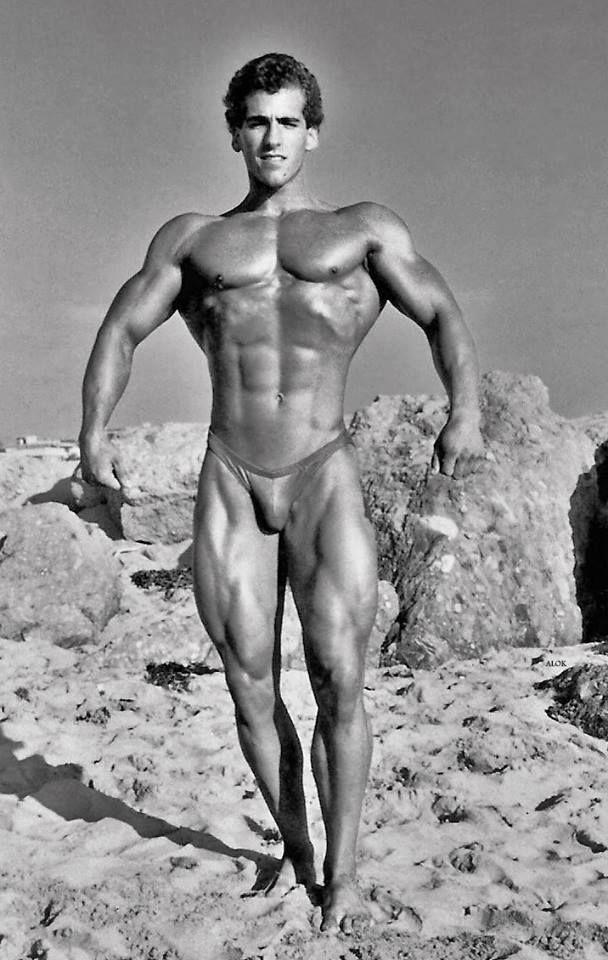 bob paris bodybuilder nude
