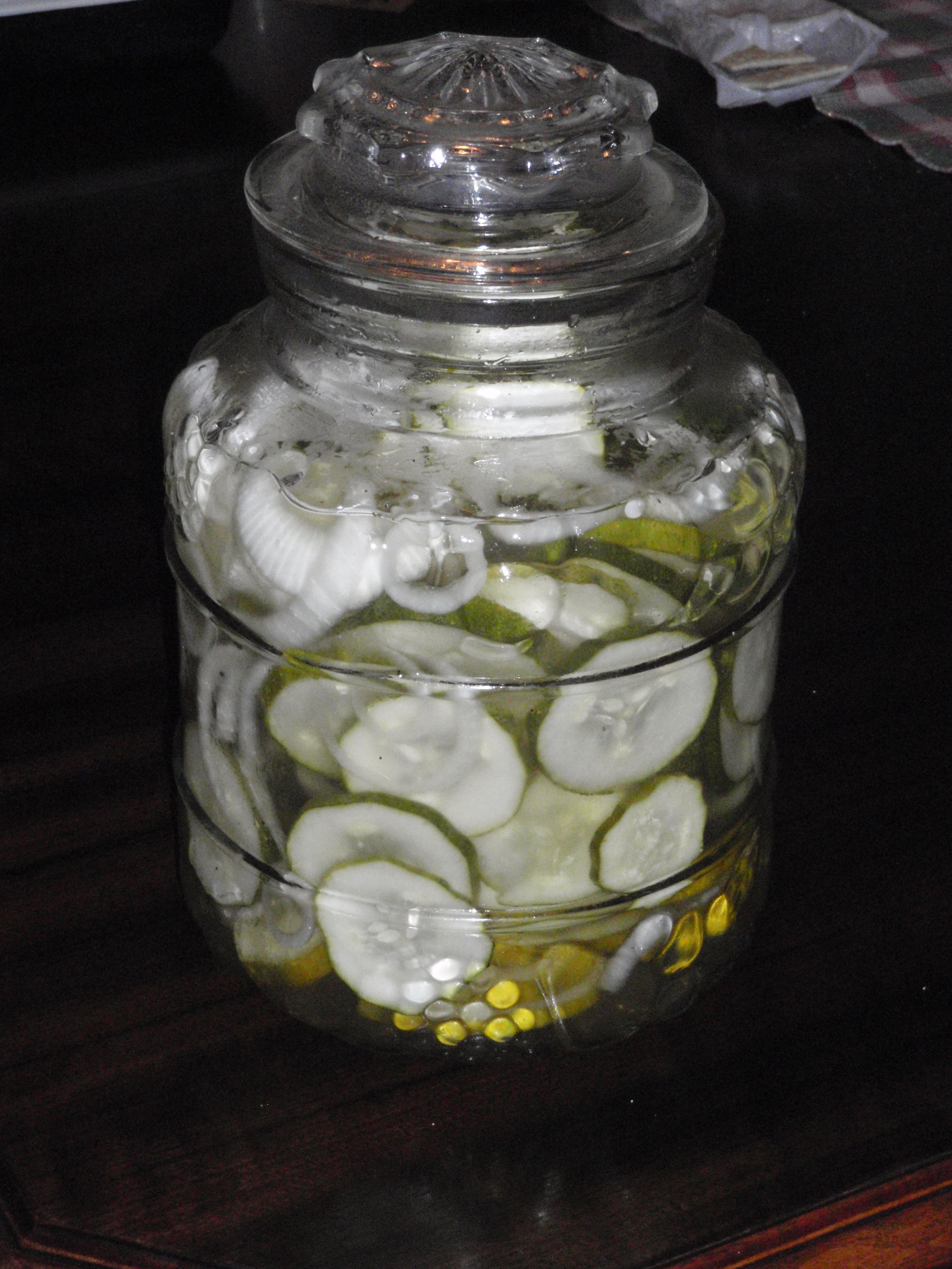 Icebox Pickles 6 Cups Sliced Unpeeled Cucumbers 1 Cup