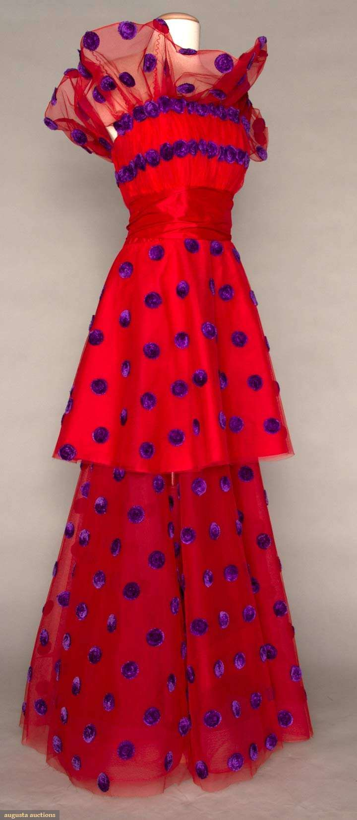Augusta Auctions - Scaasi couture gown - 1979 - This is the perfect New Years' gown, I think. :)