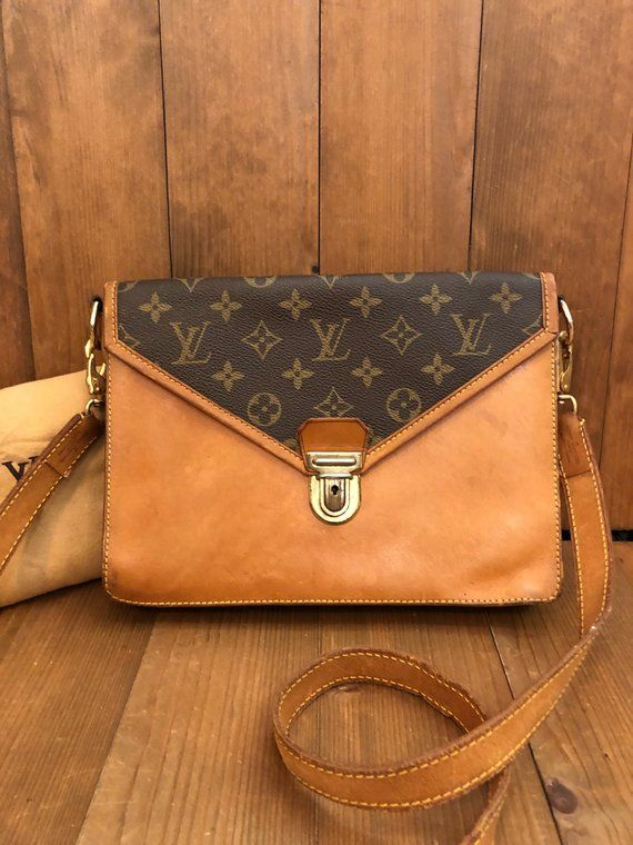 f16a232a96 Authentic LOUIS VUITTON Monogram Sac Biface Crossbody Handbag ...