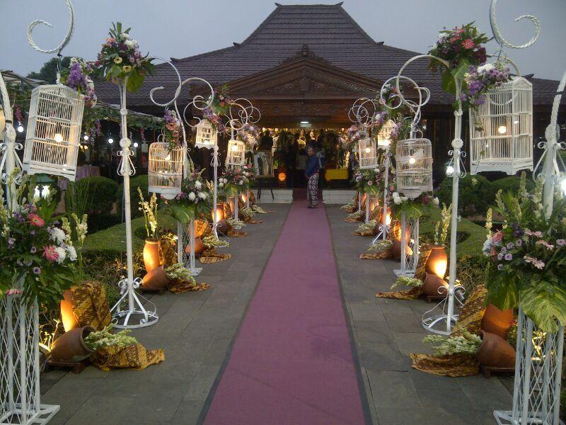 50 dekorasi pernikahan outdoor minimalis simpel dan elegan 50 dekorasi pernikahan outdoor minimalis simpel dan elegan pernikahan adalah salah satu moment penting junglespirit Images