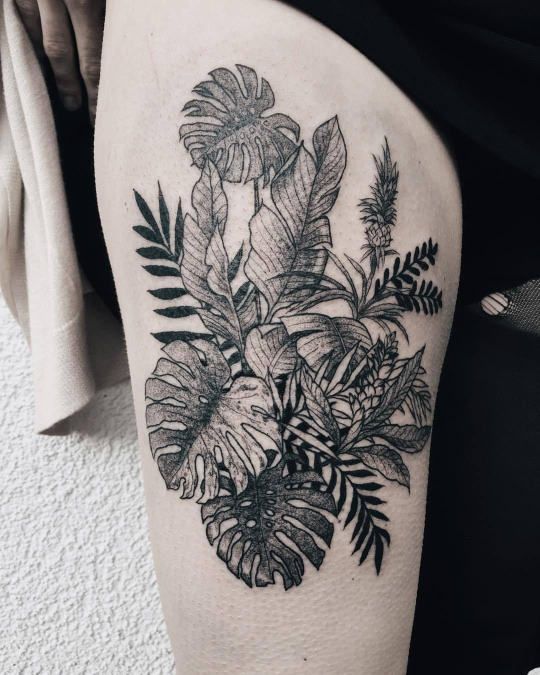 Pin By Dayanara On Tattoos Tropical Flower Tattoos Floral Tattoo Sleeve Marquesan Tattoos Leaf tattoos can have a wide assortment of meanings; pinterest