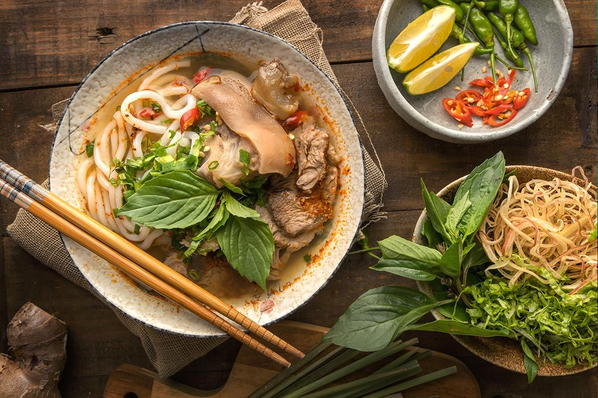 Vietnamese Food Try These 12 Dishes In 2020 Vietnamese Recipes Easy Vietnamese Recipes Food