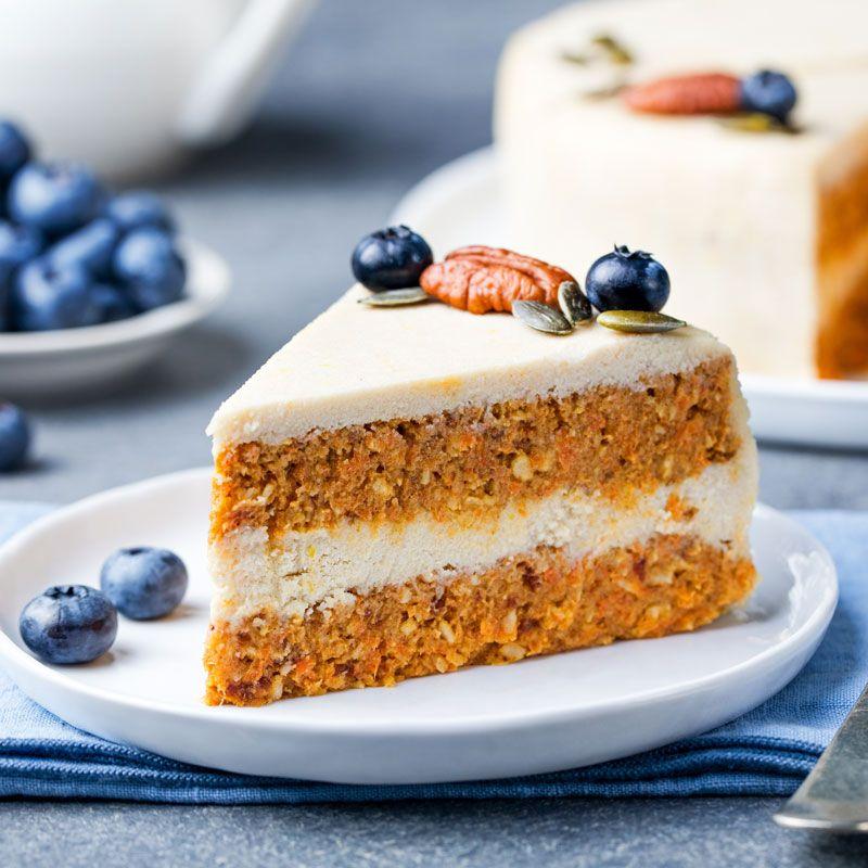 Veganer Möhrenkuchen - ohne backen - Veganes Kuchenrezept - vegane küche 100 rezepte
