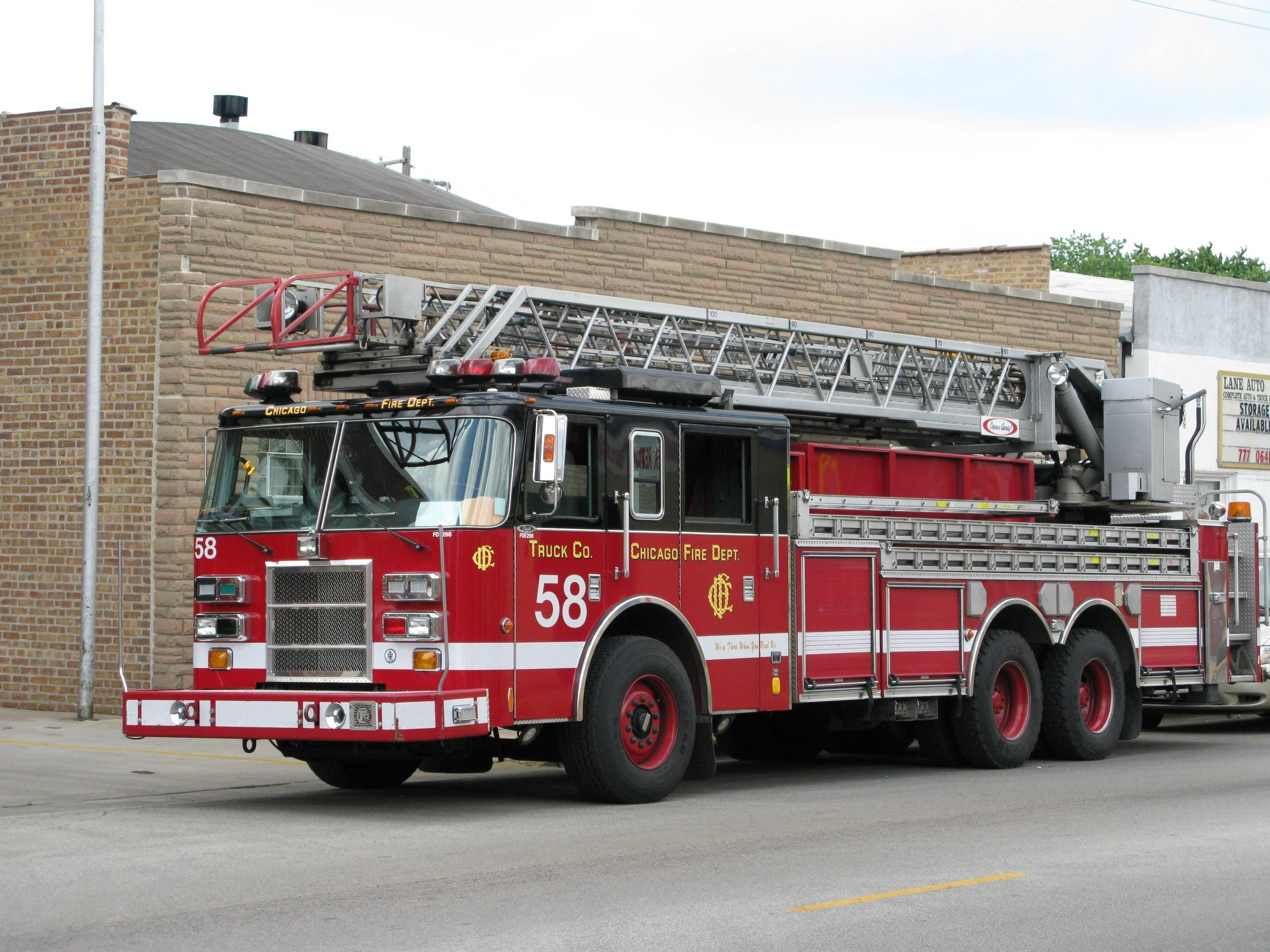 Firetruck Fire Truck Wallpapers Wallpaper Cave Chicago