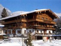 #Pension #Gratlspitz in #Alpbach günstig buchen www.winterreisen.de Die gemütliche Pension Gratlspitz ist zentral in Alpbach gelegen, etwa 100 Meter vom Ortskern und ca. 150 Meter von der Skibushaltestelle entfernt.