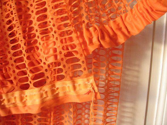 2 grands voilages 70 s orange rideaux