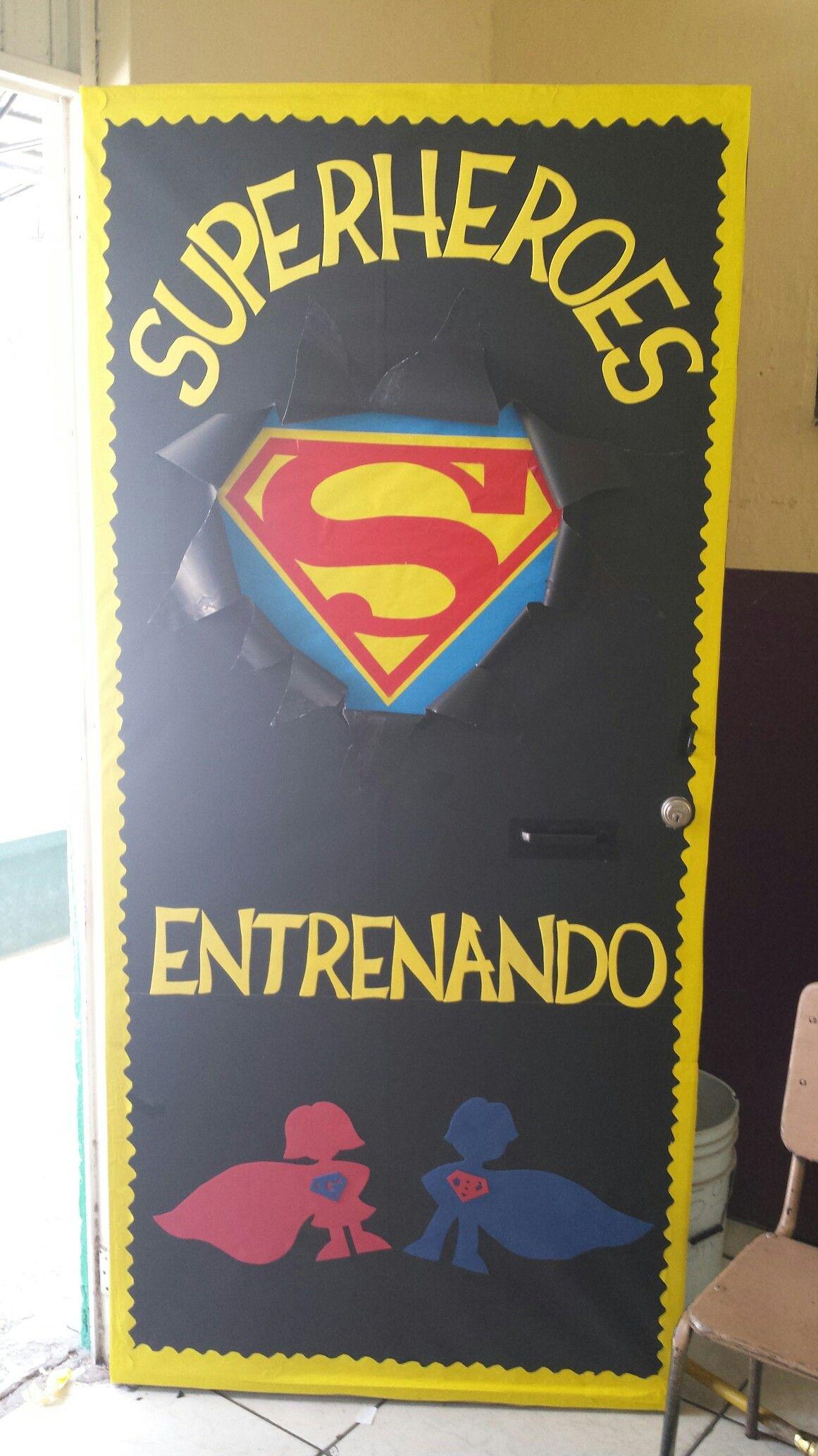 Puerta decorada super heroes super heroes aula puerta for Puertas decoradas con dinosaurios