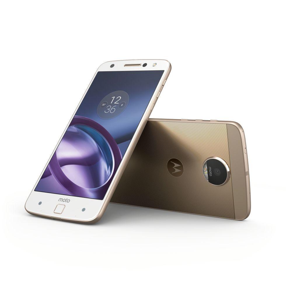 Meet Motorola S New Flagship The Modular Moto Z Update