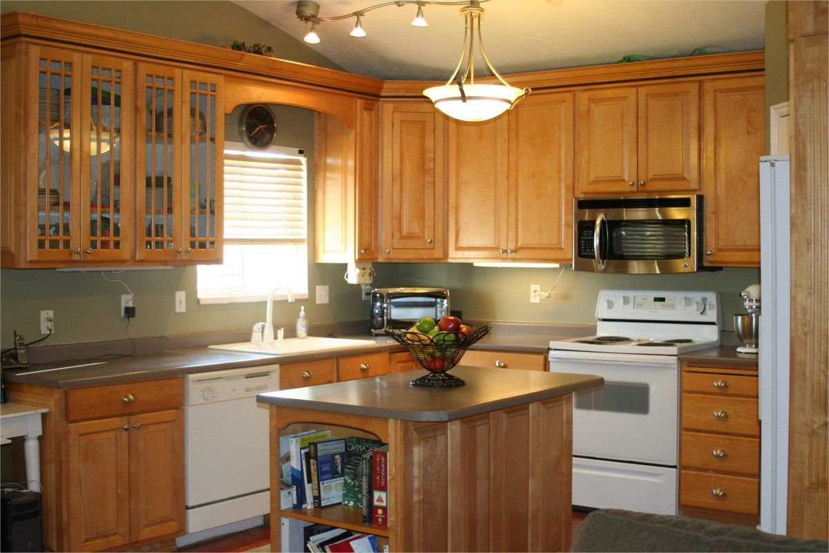 kitchen with maple cabinets color ideas 13 | Maple kitchen ...
