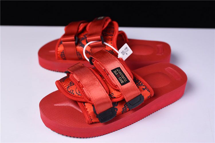 4dcd2b4ab2e1 CLOT x Suicoke MOTO-VS sandals men and women trend slippers core red ...