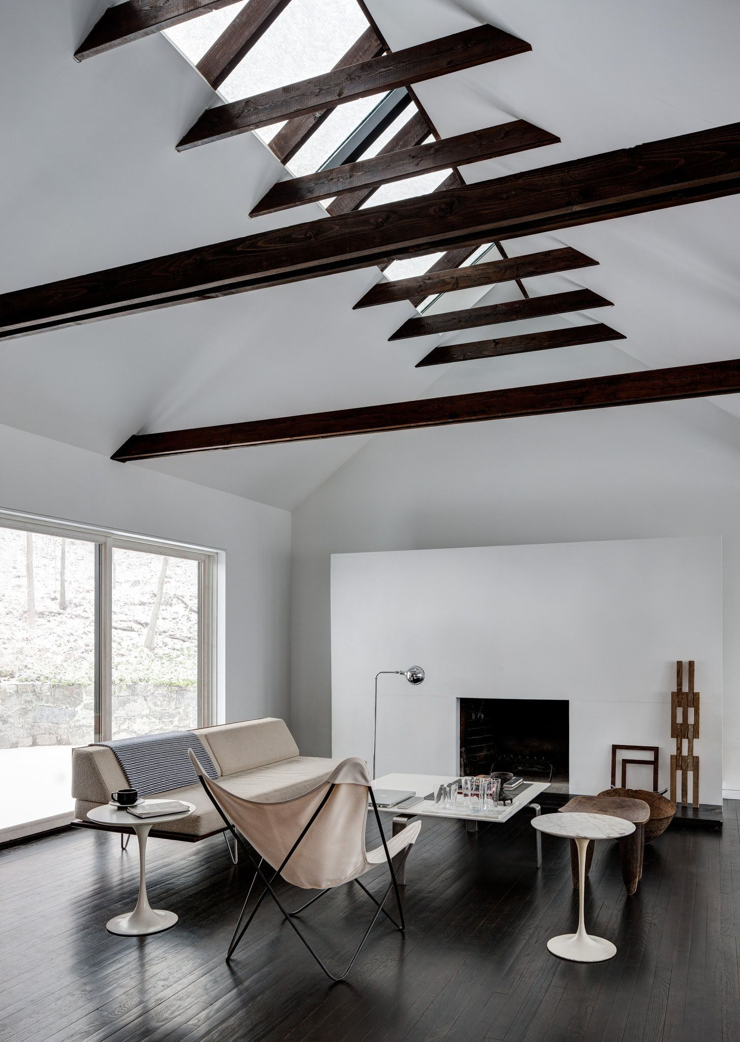 Minimal family home in New York - via Coco Lapine Design