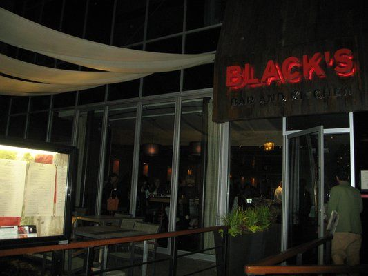 Black S Bar And Kitchen In Bethesda Maryland Bethesda Entertainment Guide Night Life