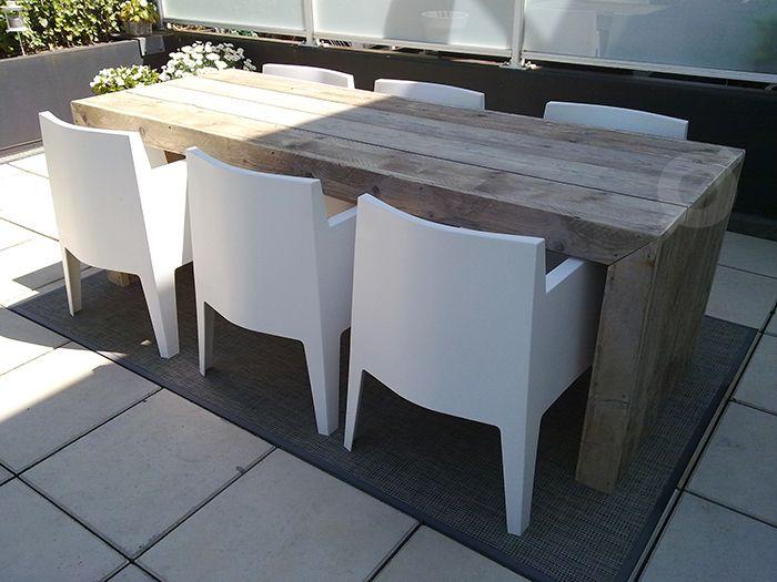 Welp Tuintafel van steigerhout met mooie Philippe Starck stoelen AJ-25