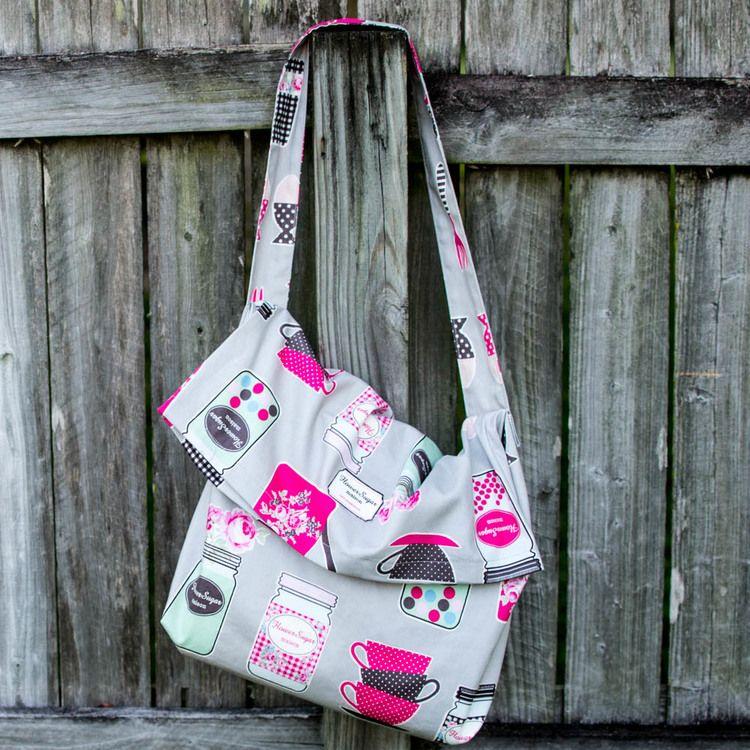 1 Yard Magic Messenger Bag from Lecien Fabrics! {free pattern ...