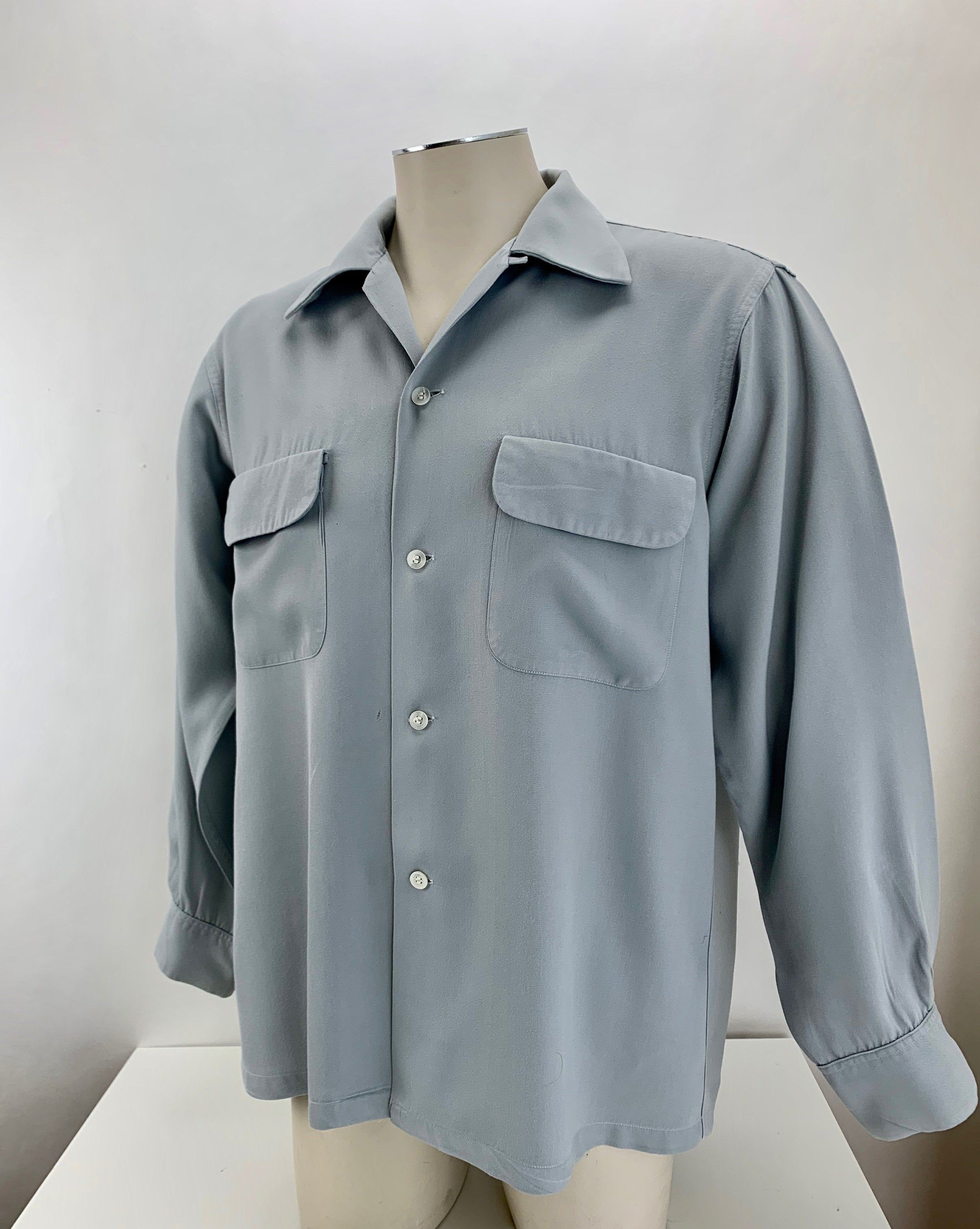1940 S Gabardine Shirt Soft Gray Rayon Flap Patch Etsy Shirts Rayon Button Up Shirts