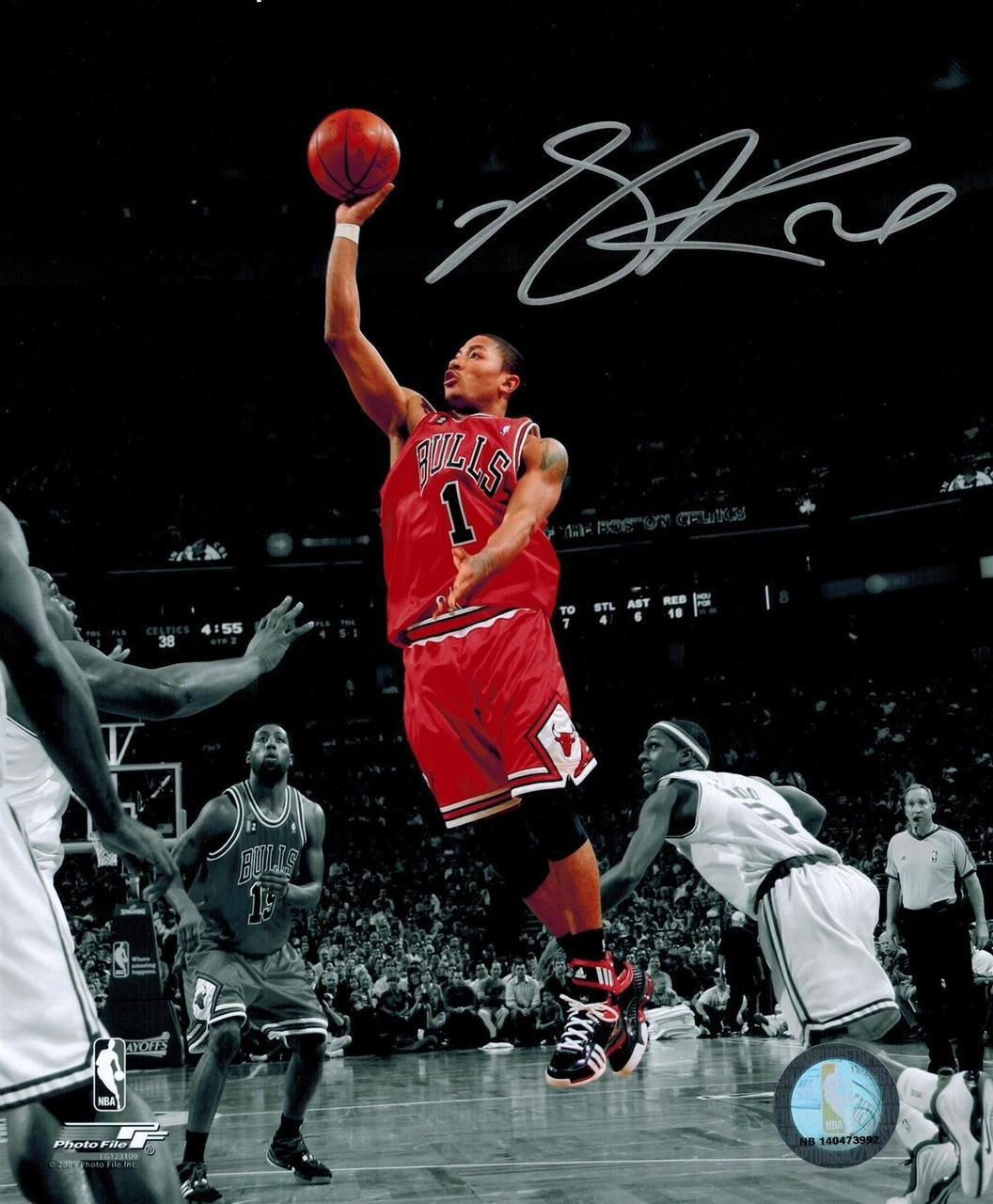 Derrick Rose Signed Chicago Bulls Red Jersey Action 8x10 Photo Chicago Bulls Derrick Rose 8x10 Photo