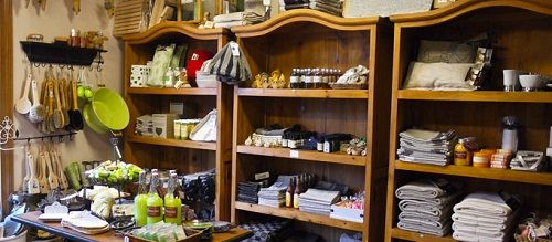 Shop in Porvoo www.visitporvoo.fi