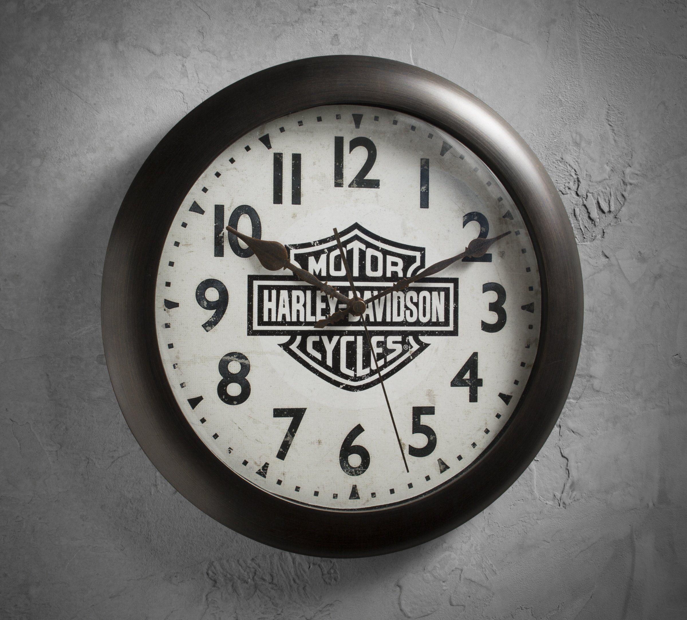 Harley Davidson Motorcycle Bar Shield Logo Neon Table Or: Bar & Shield Logo Silent Clock
