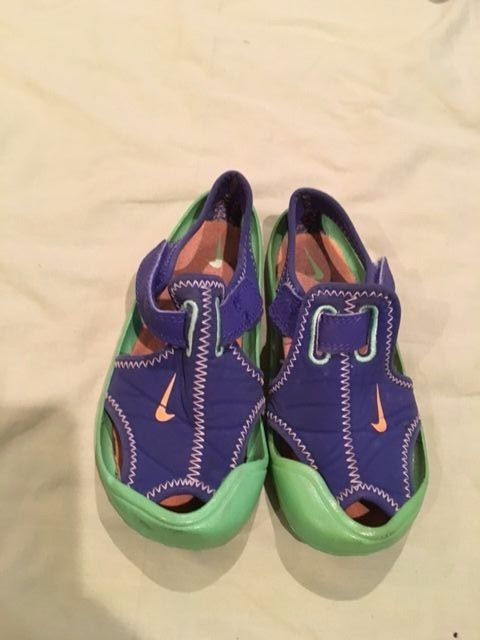 hot sale online 9f785 9f515 Nike Kids Sunray Protect water shoes summer shoes size 10
