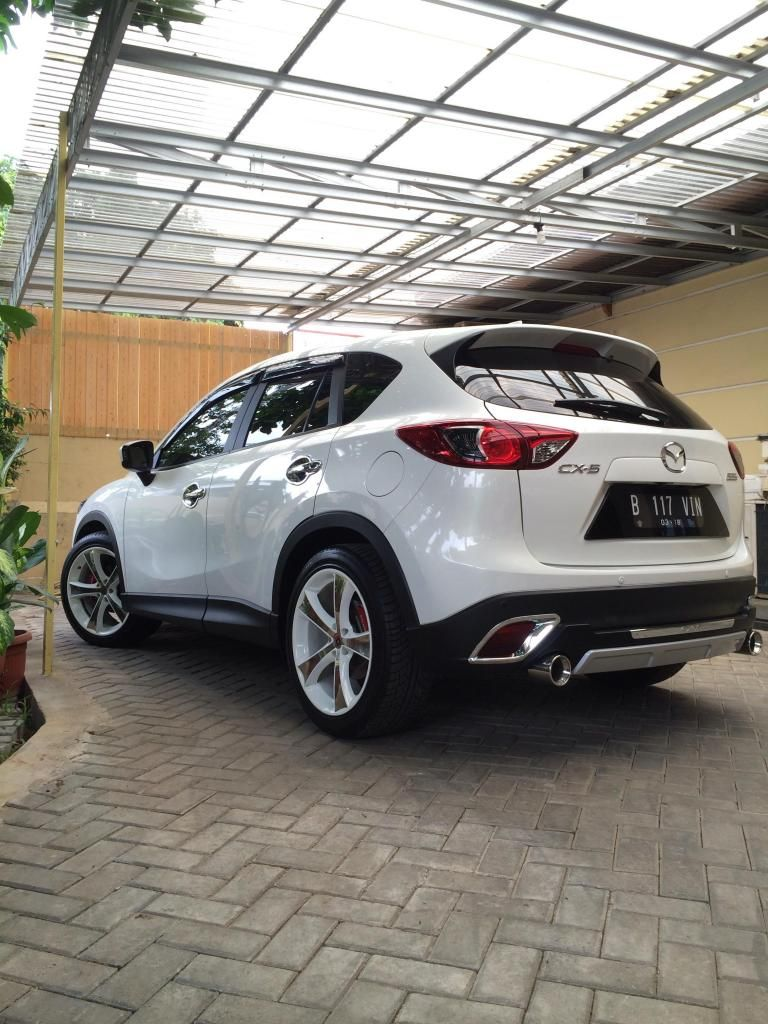 White Mazda Cx 5 Simple Modification With Images Mazda Cars