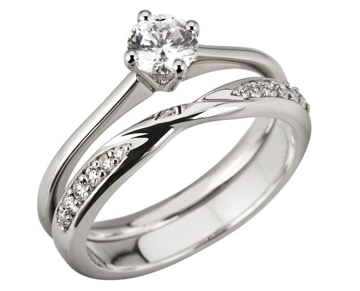 Platinum And Diamond Compass Solitaire And Ribbon Twist Ring Set Antique Wedding Rings Platinum Wedding Rings Wedding Rings Round