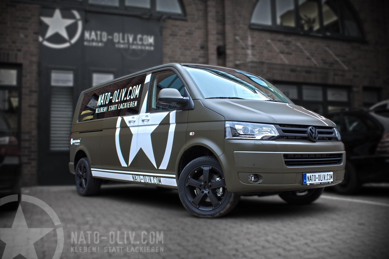 Vw T5 In Nato Oliv Nato Oliv Com Fahrzeugbeklebung Autos Folieren Autobeklebung