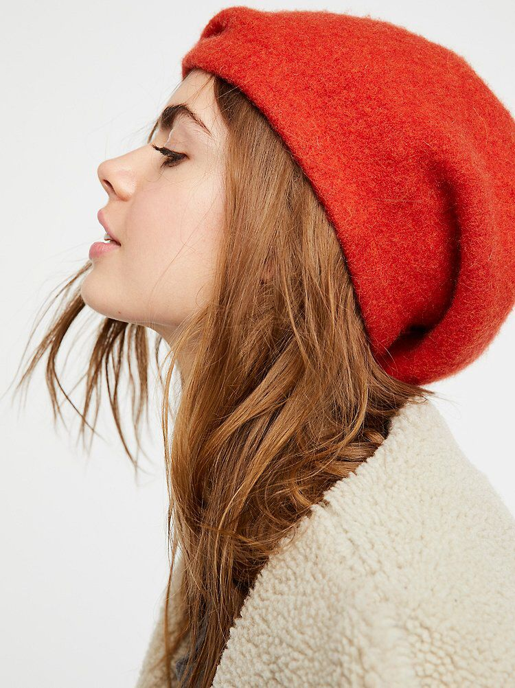 fbb9c2c9748bb Bisous Slouchy Beret from Free People!
