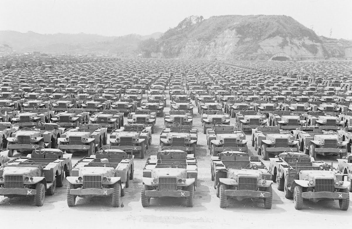 Japan Occupation Essay Carl Mydans In 2020 Hot Rods Cars