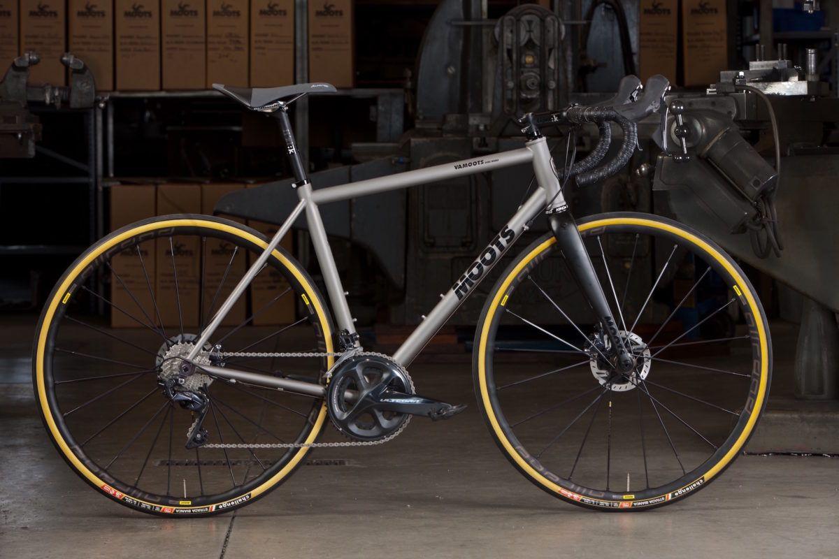 Endurance Road Bike Titanium Road Bike All Road Performance