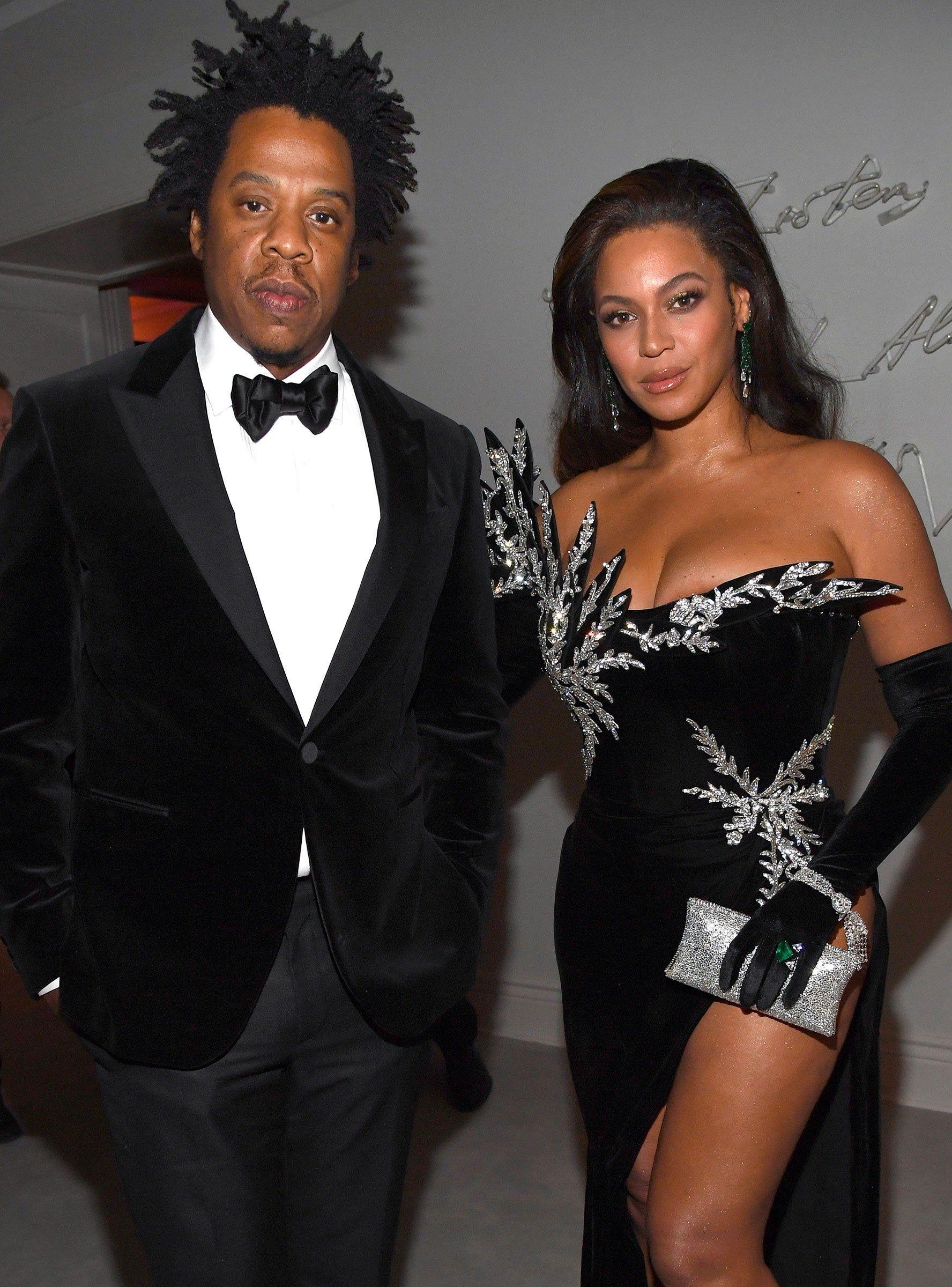 Jay Z Beyonce Reunited With Kanye West Kim K At Diddy S Birthday Beyonce And Jay Beyonce And Jay Z Kanye West And Kim