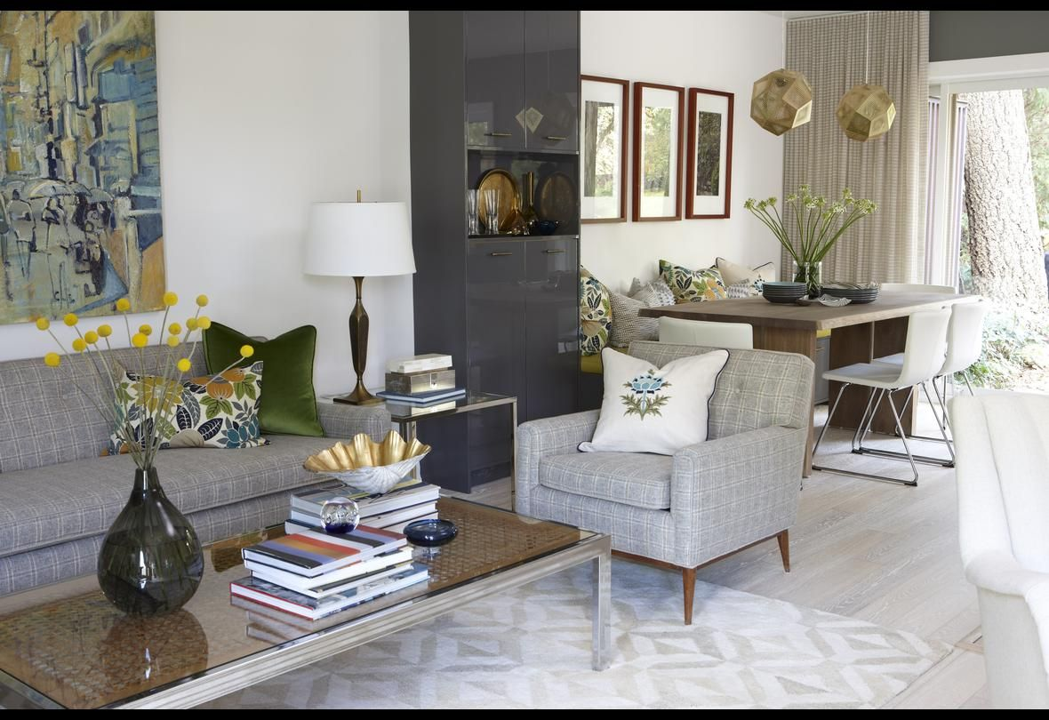 Sarah Richardson Design - Sarah 101 - Versatile Living/Dining