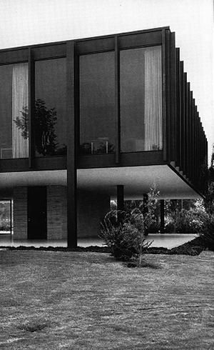 Bacardi Office Mexico City 1961 Mies Van Der Rohe Architecture Modern Japanese Architecture Mies Van Der Rohe