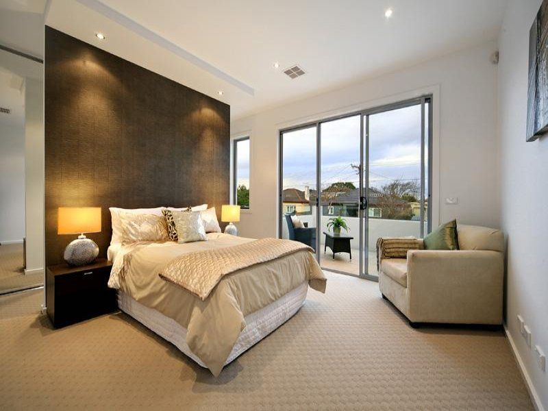 Image gallery modern bedroom carpet for Bedroom designs and colours