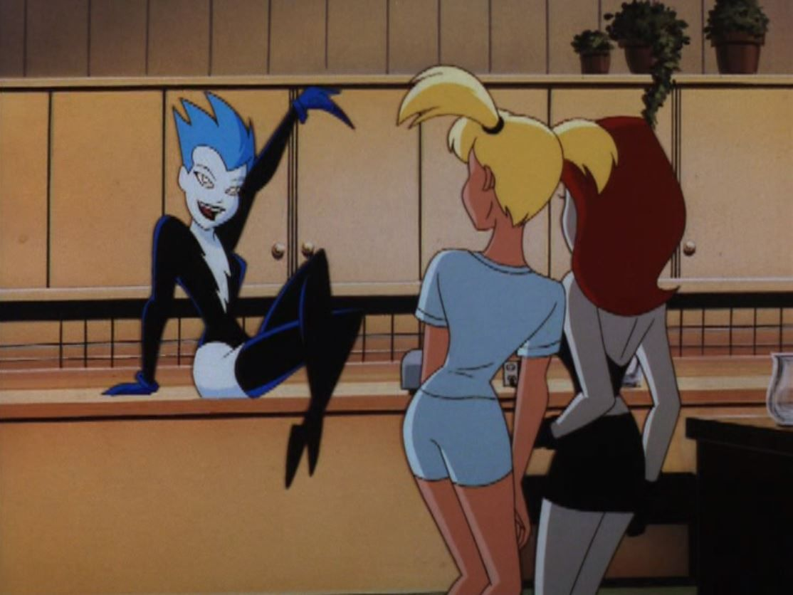 Livewire introduces herself to Harley Quinn and Poison Ivy