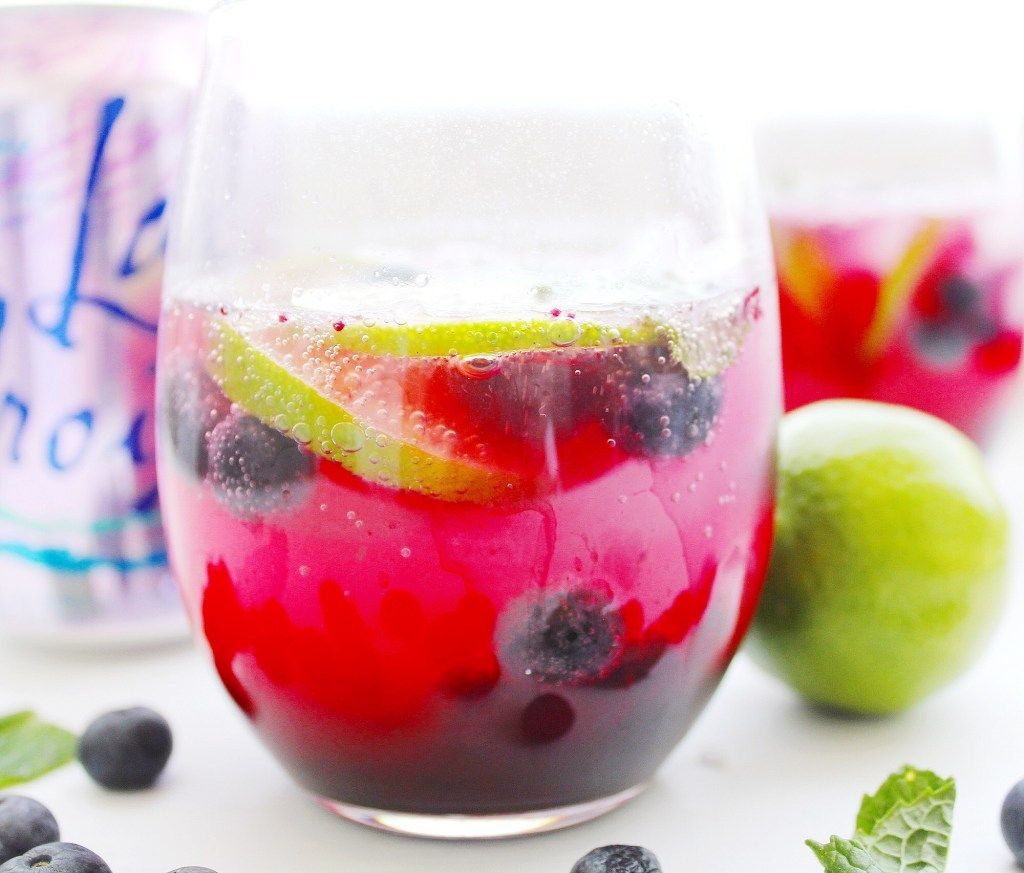 Blueberry Lime Mocktail Paleo Gf The Bettered Blondie In 2020 Mocktails Lime Drinks Blueberry