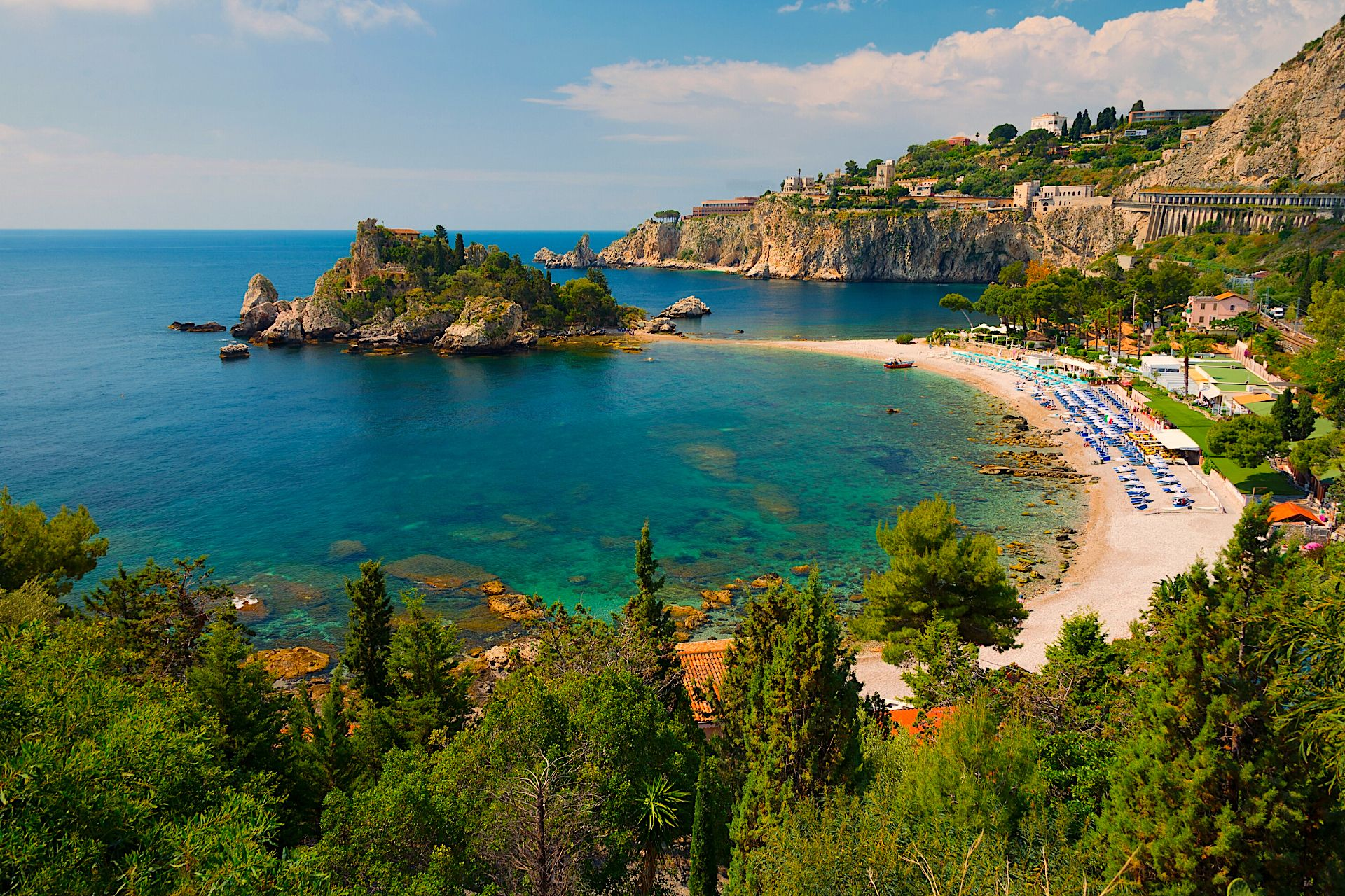 What to do in Taormina, beaches, day trips and more in