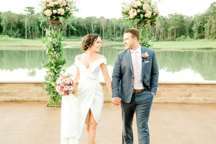 Outdoor Ceremony With Altar Arrangements By The Bloom Room Southern Lace Estates Designed Wedding Planning Inspiration Texas Wedding Planner Texas Weddings